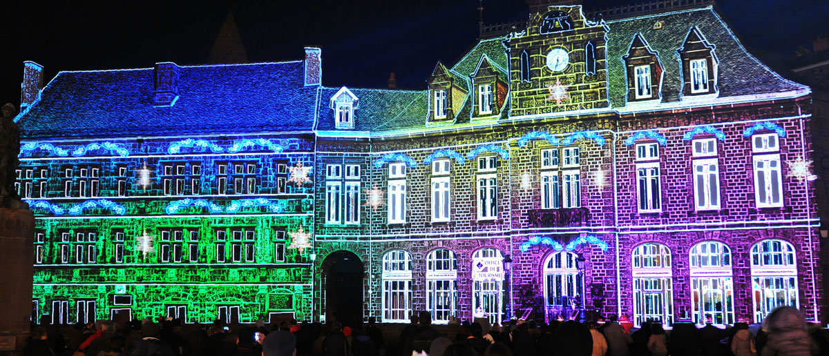 Saint-Flour - Spectacle Noël projection façade