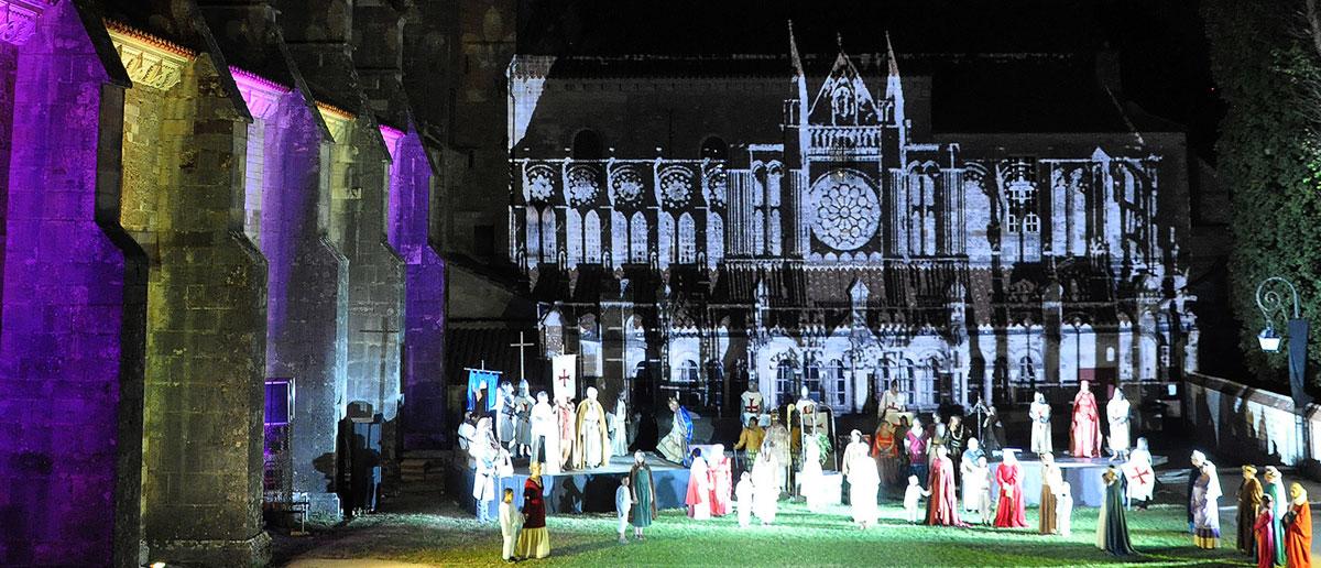 Basilique de Vézelay - Spectacle historique avec acteurs